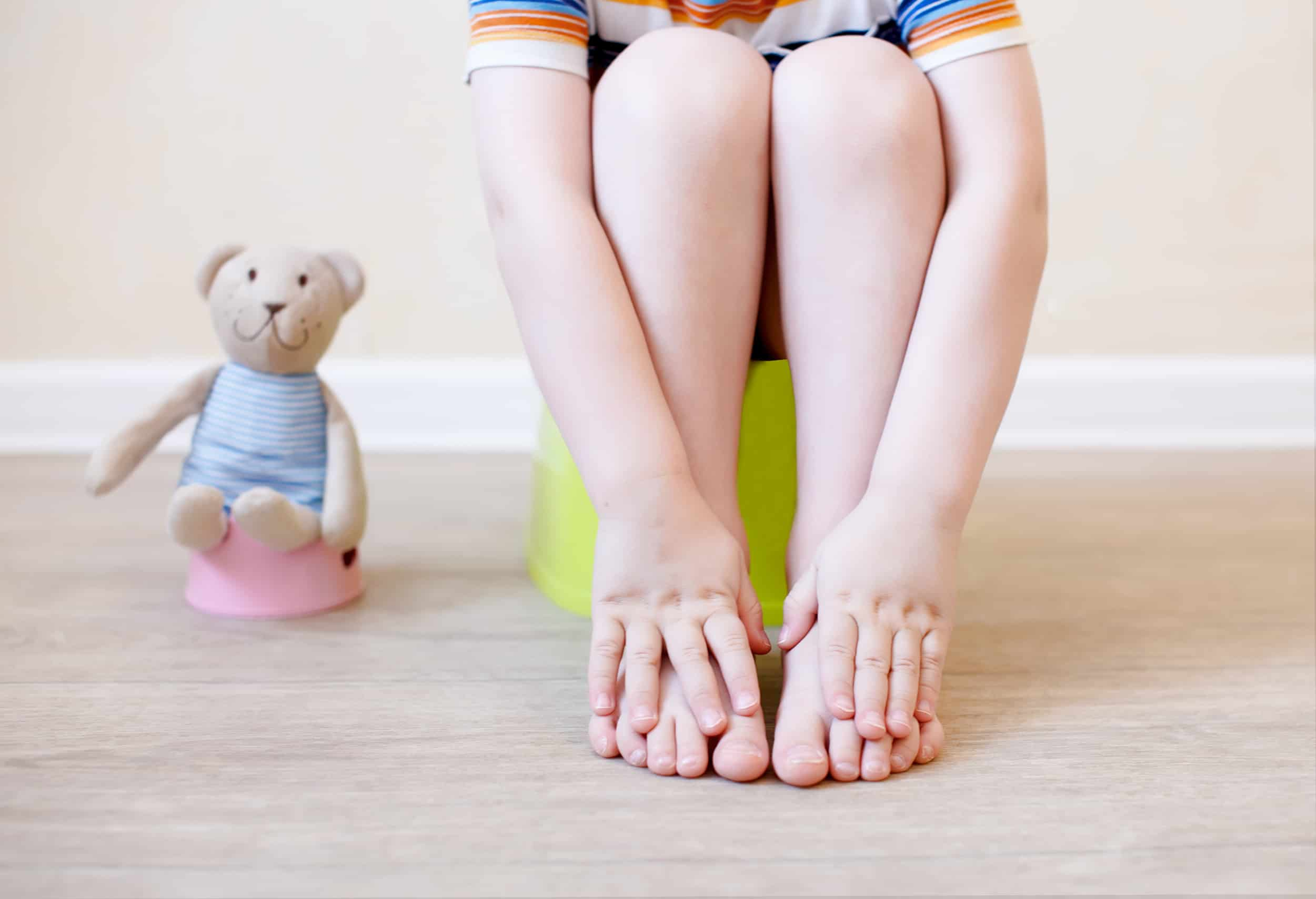 13 Best Realistic Potty Training Tips + Our Story
